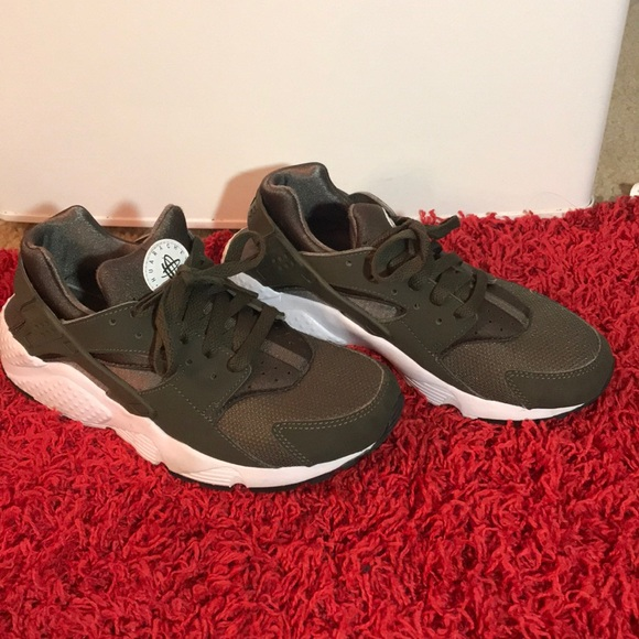 on sale 09d17 02158 Olive green huaraches